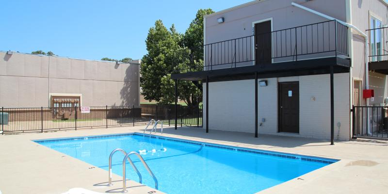Apartment complex for lease Oklahoma City OK exterior photo