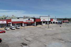 retail shopping center for lease W Hefner Rd Oklahoma City, Ok exterior photo