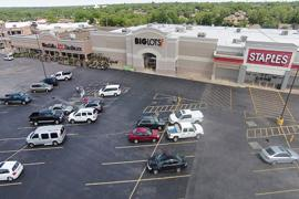 Edmond Plaza retail space for lease exterior photo