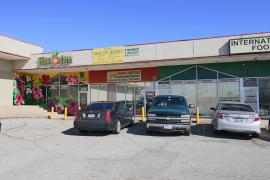 retail shopping center space for lease in Oklahoma City, Ok exterior photo