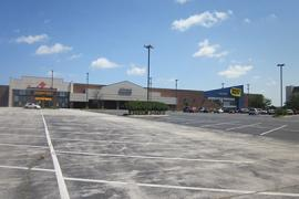 Mingo Market Place retail Sublease exterior photo