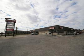 SouthPointe Shopping Center retail space for lease exterior photo-2
