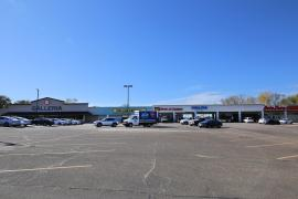 Guthrie Plaza retail space for lease exterior photo5