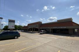 Boulevard Square retail space for lease Edmond, OK exterior photo-3