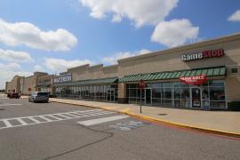 Riverwalk Centre retail space for lease exterior photo