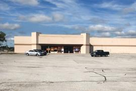 Former Walmart for retail lease 2300 E Kenosha, Broken Arrow, OK - exterior photo