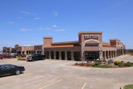 Colony Pointe Plaza retail space for lease in Piedmont (OKC Metro) exterior photo