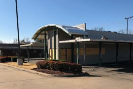 Former Sonic freestanding retail building For Sale Muskogee, OK exterior photo