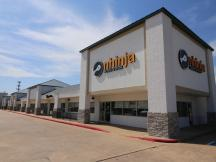 Berkshire Plaza retail space for lease in Edmond, OK - exterior photo