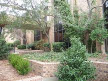 Jamestown Office Park for lease courtyard