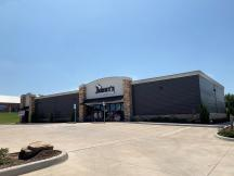 2428 W Broadway - Ardmore retail space for lease Ardmore, OK exterior photo