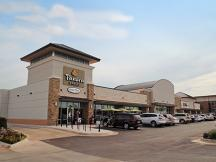 Shoppes at McAuley Plaza retail space for lease Oklahoma City, OK exterior photo