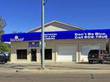 Retail Building for Lease in Midwest City, OK exterior photo