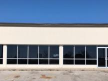retail building for lease 10 N Kimbell Rd, Yukon, OK exterior photo